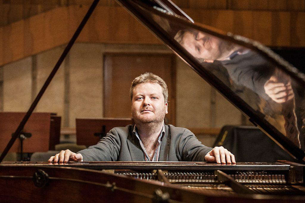 Alexey Zuev - Klavier Salon München